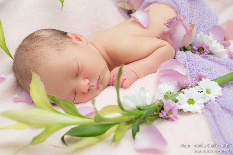 Talya, 5 jours. Photo de naissance en studio