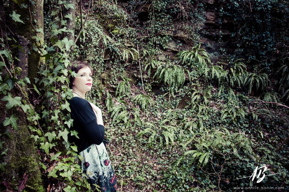 Promenons-nous dans les bois – séance photo de portrait en extérieur