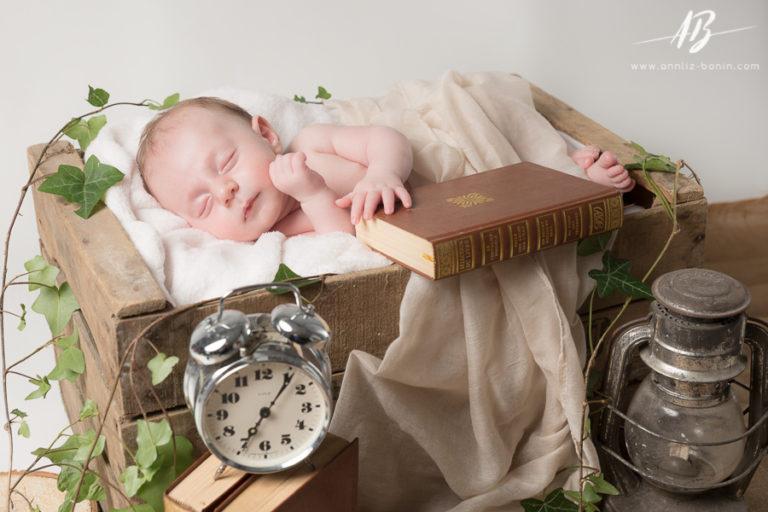 Nathanaël, 6 semaines – photographe bébé en studio à Caen