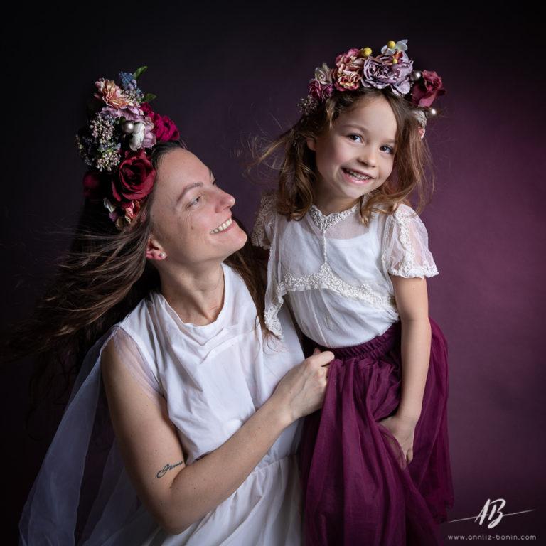 Mère et fille – séance de portrait en studio