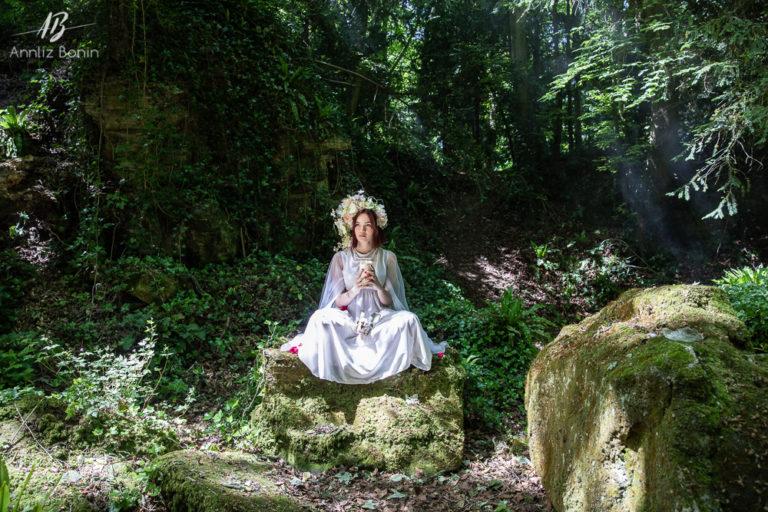Eléa, séance photo magique en forêt