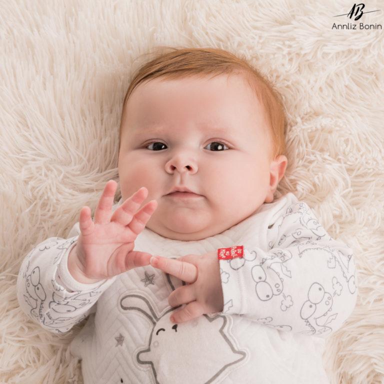 Petit Jules de 5 mois à croquer